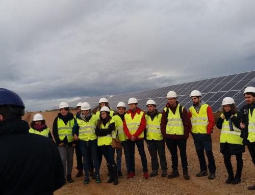 Los alumnos de los programas Máster del ISM visitan la Planta Fotovoltaica de Naturgy
